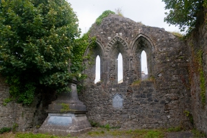 Tuam_Teampall_Jarlath_East_Window_2009_09_14